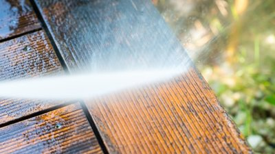 You are currently viewing Pressure Washing: Types of Debris Pressure Washing Can Remove